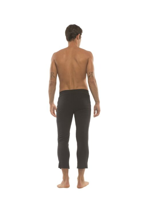 Mens 4/5 Zipper Pocket Capri Yoga Pants (Solid Black)