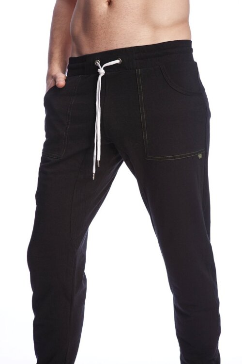 Long Cuffed Perfection Yoga Pants (Black)_3.jpeg