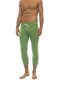 Mens 4/5 Zipper Pocket Capri Yoga Pants (Solid Bamboo Green)