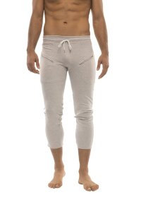 Mens 4/5 Zipper Pocket Capri Yoga Pants (Solid Heather Grey)
