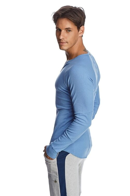 Thermal V-neck Long Sleeve (Ice Blue) - side view
